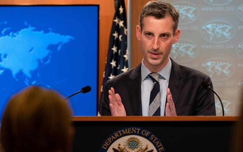 امریکہ نے ہندوستان اور پاکستان پر زور دیا ہے کہ وہ مسئلہ کشمیر پر براہ راست بات چیت کریں۔
