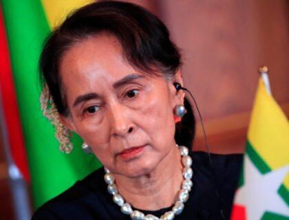 میانمار فوج نے ملک کا کنٹرول سنبھال لیا،منتخب رہنما آنگ سان سوچی حراست میں۔